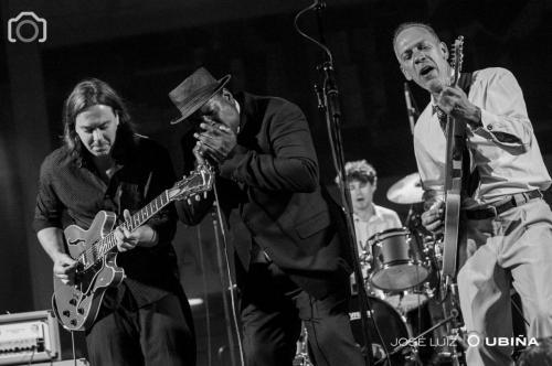 Keith-Dunn-Trance-Blues-Band-Villa-Blues-Festival-Galicia-Spain
